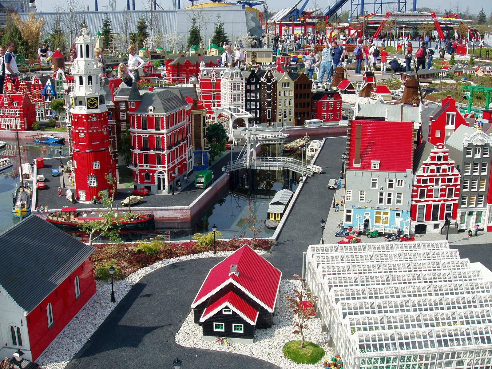 LEGOLAND® DUBAI - YouTube